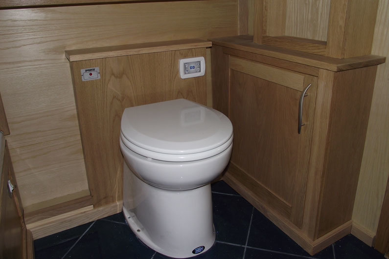 Pump out toilets are popular on narrowboats as they need emptying less frequently than cassette toilets. Most places will charge you to pump out your toilet.