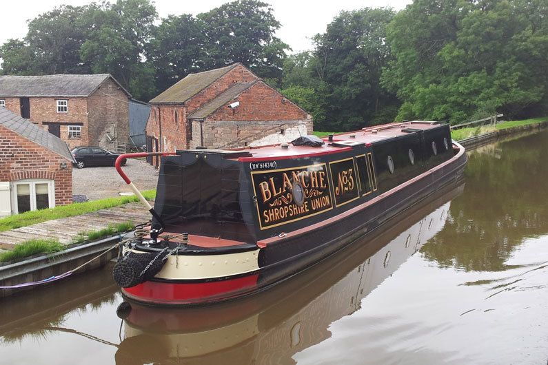 A narrowbeam boat is most suitable to the UK canal system