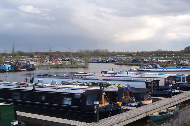 Many marinas will offer narrowboats a WiFi hot spot service