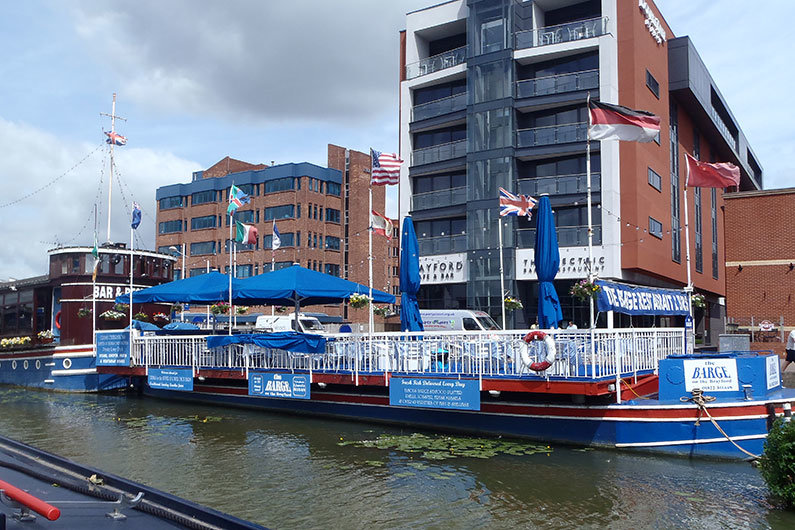 All businesses on the waterway require a specific licence from Canal & River Trust
