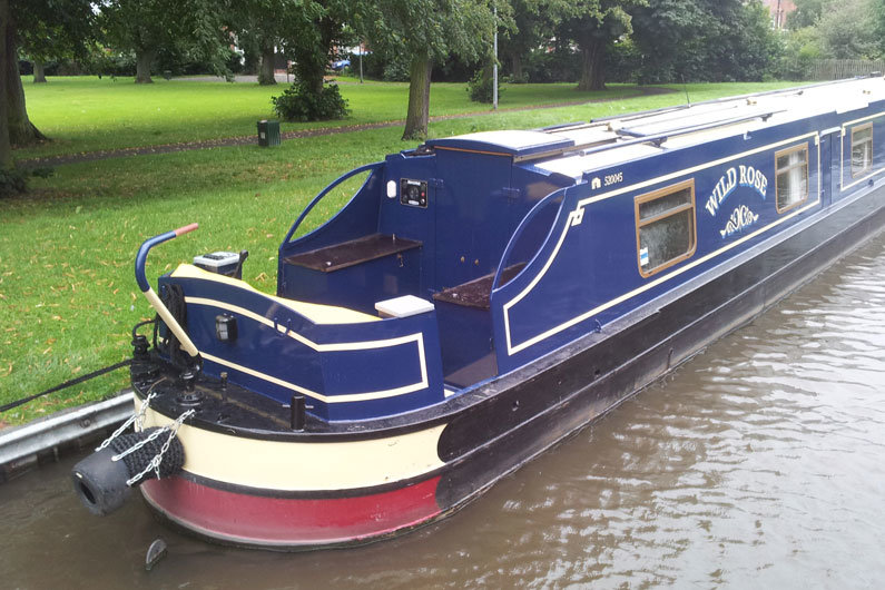 A cruiser stern on a narrowboat is the most sociable option
