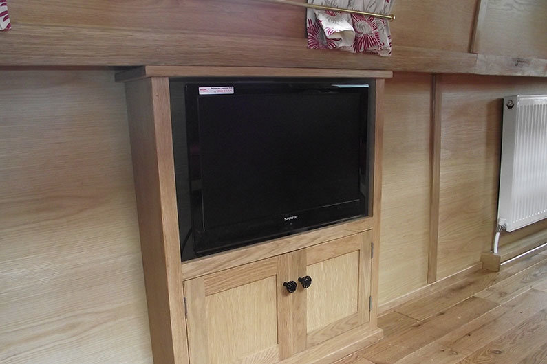 Televisions on narrowboats are often installed below the gunwale