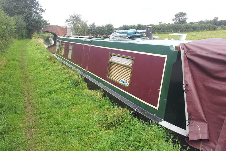 Narrowboat paint work can soon become dull from environmental impacts