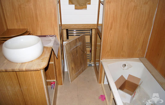 Bathroom fit out on a new widebeam canal boat 06