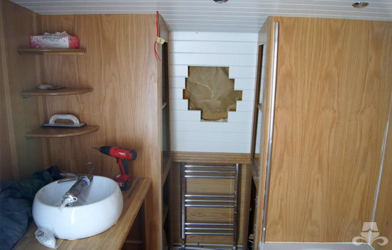 Bathroom fit out on a new widebeam canal boat 08