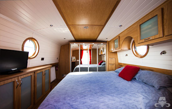 Fully fitted widebeam canal boat completed to our specification - bedroom 02