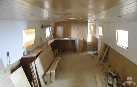 Fit out of the galley & saloon on a new fully fitted widebeam canal boat 04