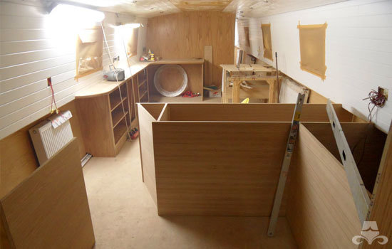 Fit out of the galley & saloon on a new fully fitted widebeam canal boat 18