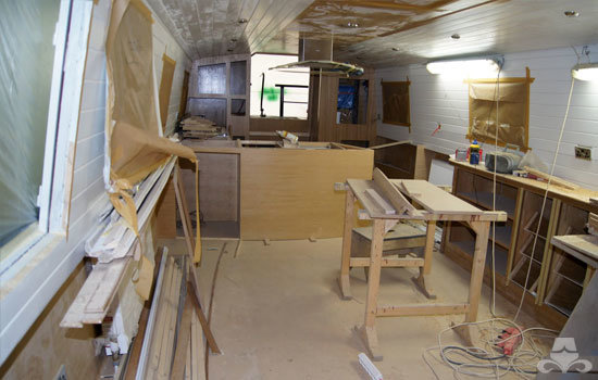 Fit out of the galley & saloon on a new fully fitted widebeam canal boat 21