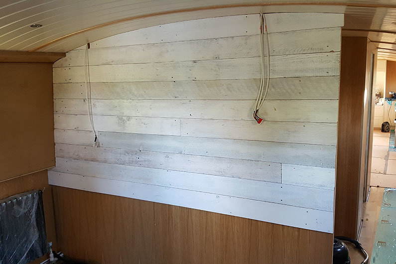 Widebeam Whitewashed T&G Cabin Sides & Bulkheads